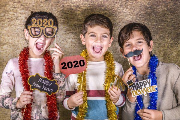kids celebrating 2020