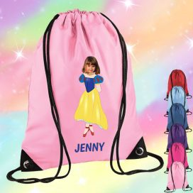 light pink drawstring bag with snow white image