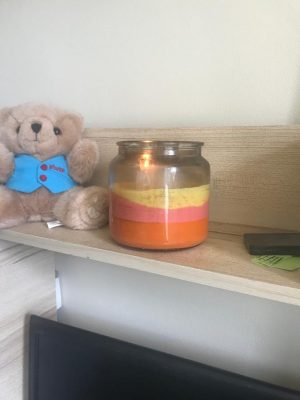 finished tri-colour rainbow candle
